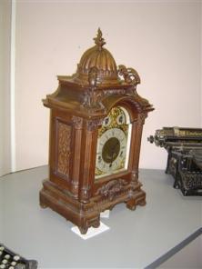 Реставрация корпусов настенных часов своими руками