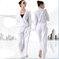 Модная женская одежда для фитнеса и
